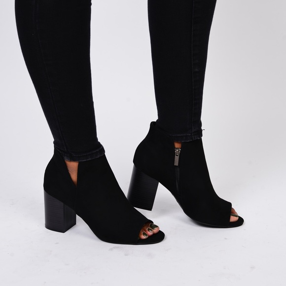 bf2e23b13f43 Black Chunky Heel Open Toe Bootie
